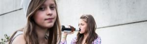 teenage girls drinking beer
